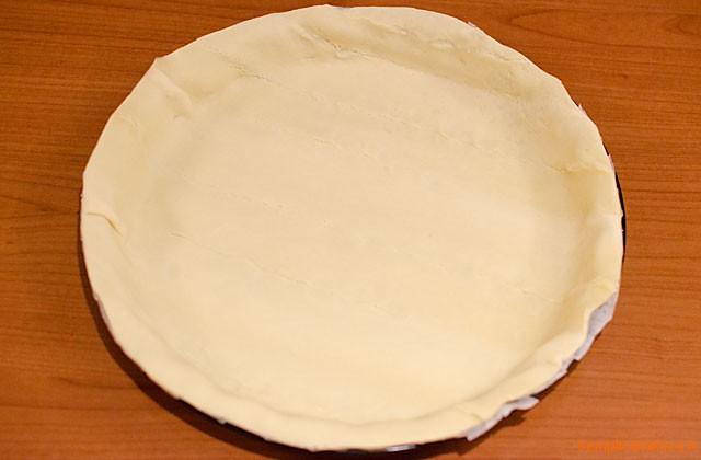 Torta salata con funghi e speck