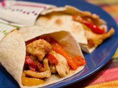 ricetta-fajitas-messicane-con-pollo-e-peperoni