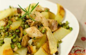Bocconcini di pollo patate e piselli