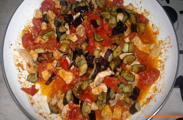 Pasta Con Pesce Spada E Melanzane Ricetta Semplice E Veloce