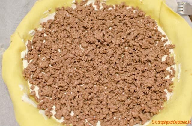 Torta-salata-con-melanzane-e-carne_05