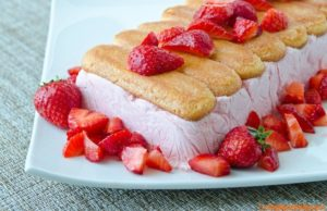semifreddo-fragole-e-yogurt