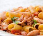 pasta-con-moscardini-e-pomodorini