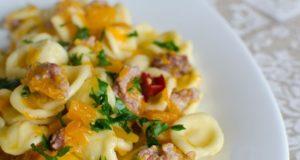 Pasta-zucca-e-salsiccia