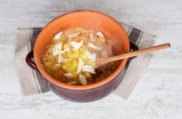 Pasta e patate alla napoletana con provola