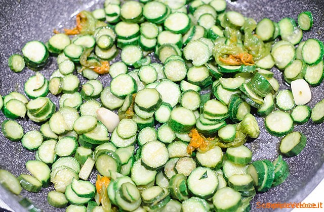 Crepes salate con zucchine