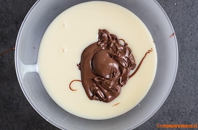 Gelato alla nocciola senza gelatiera