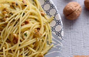 Spaghetti_con_le_noci_ricetta_Semplice_e_veloce