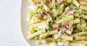 pasta_zucchine_e_speck_ricetta_semplice