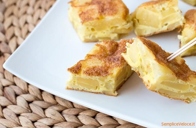 Tortilla-de-patatas-la-frittata-di-patate-spagnola_ricette_Semplice