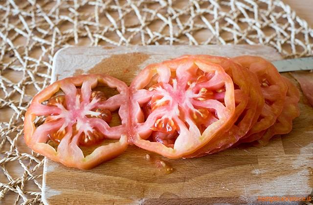 Pomodori fritti ripieni