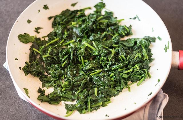 torta salata con spinaci e salmone