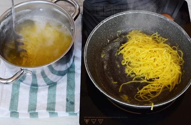 tagliolini al limone con pannatagliolini al limone con panna