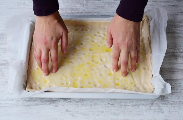 Pizza formaggio e pere