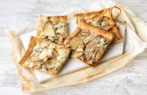 Pizza-formaggio-e-pere_ricetta_semplice